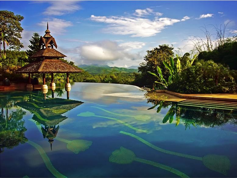 piscine01.jpg