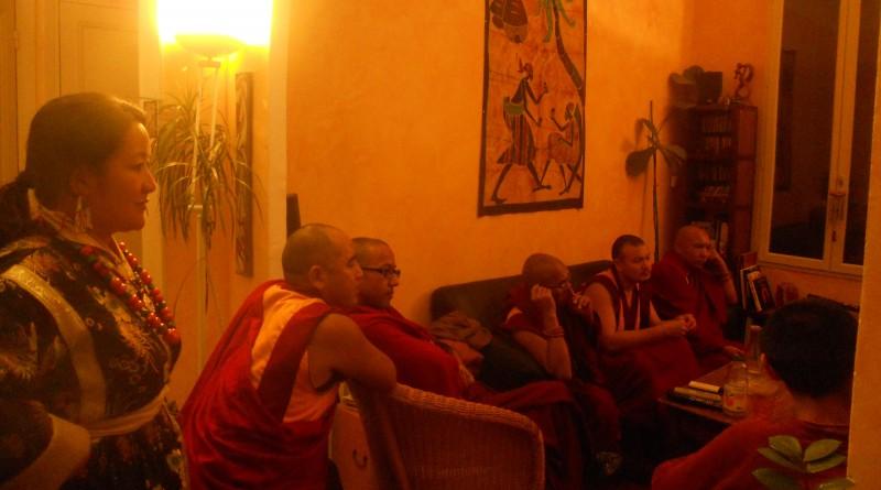 tournée des moines 2012,association,éditions du puits de roulle,nîmes et ses alentours,bouddhisme