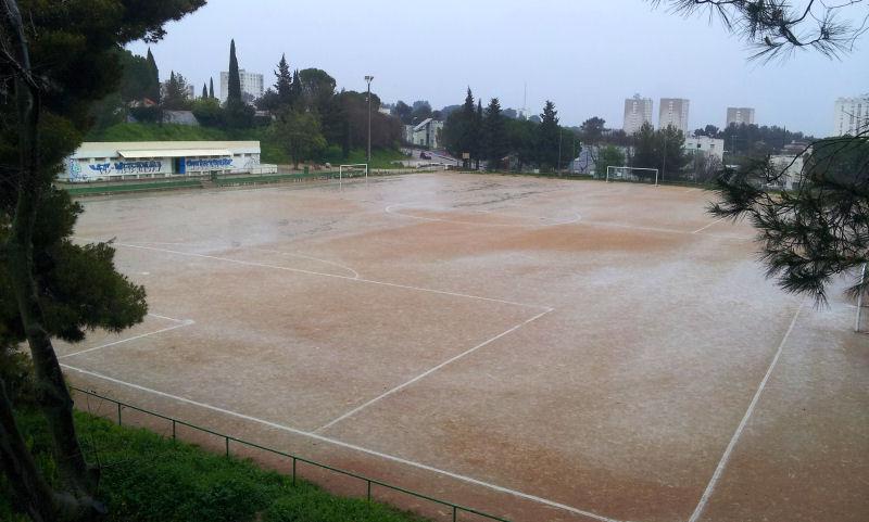 Le stade des Amandiers samedi. Des aficionados practicos se cachent-ils sur cette photo ? Nous, on ne les a pas trouvés.