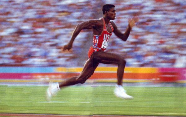 Carl Lewis, 9 médailles d'or olympiques, 8 fois champion du monde, végétalien